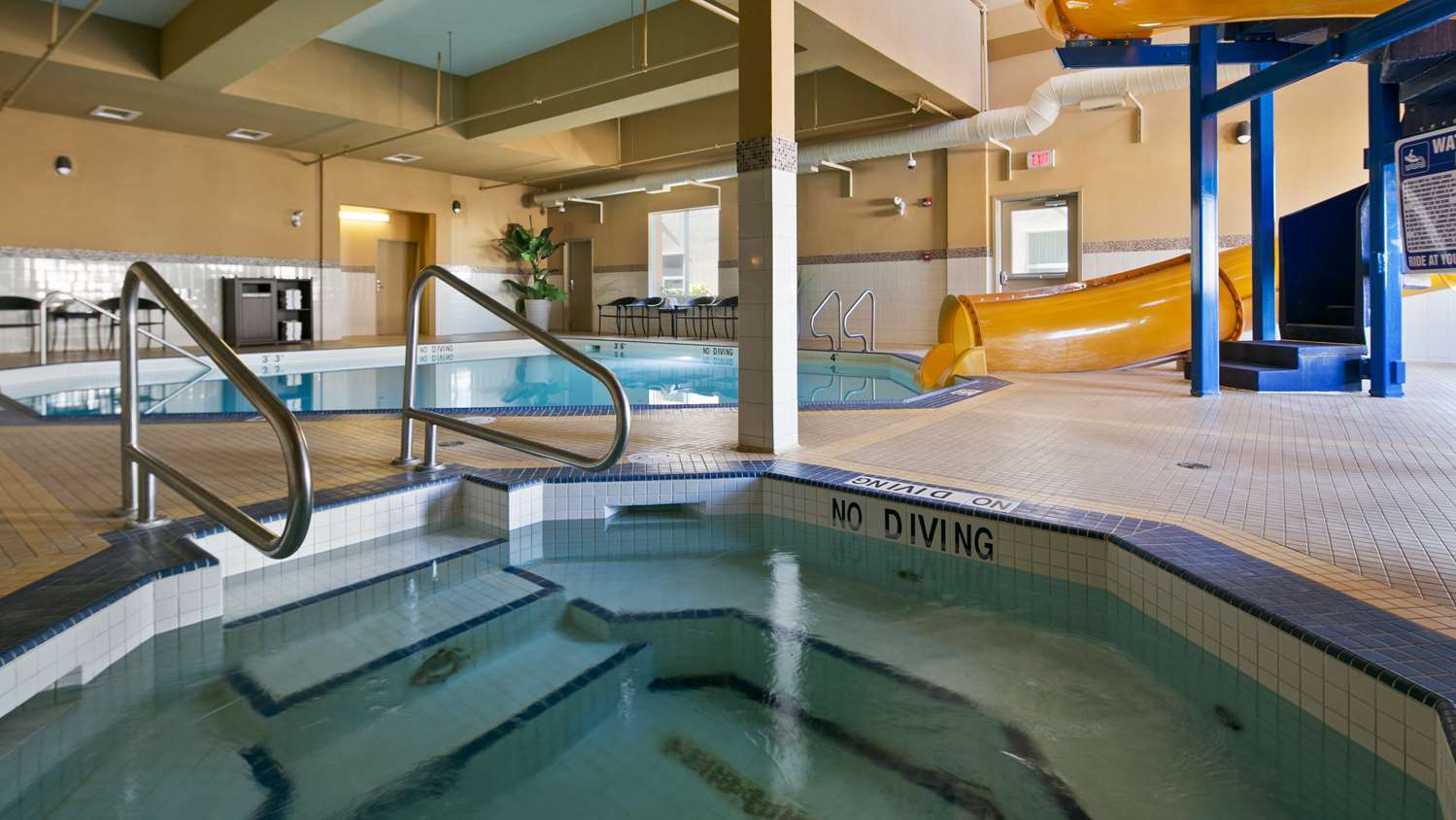 Pool - Best Western Cold Lake Inn