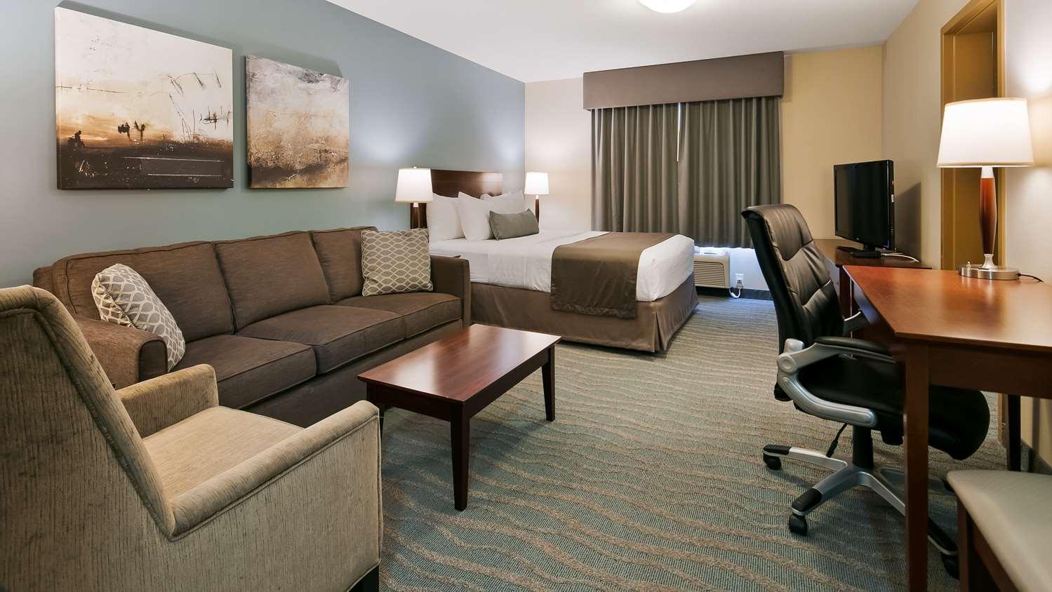Suite - Best Western Rocky Mountain House Inn