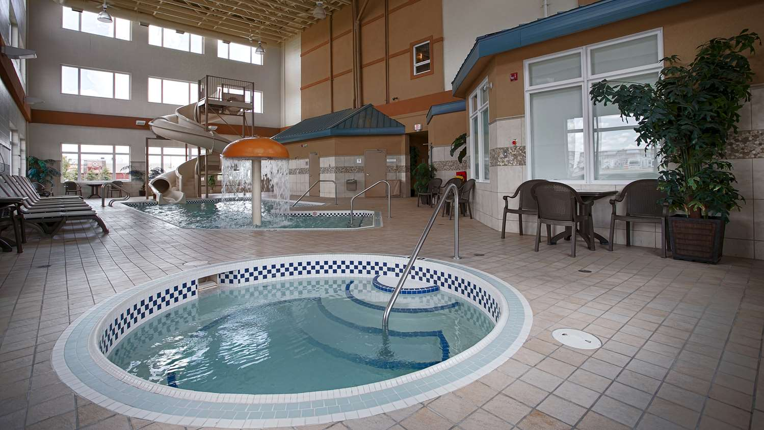 Pool - Best Western Sunrise Inn Stony Plain