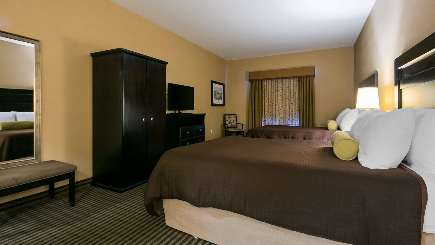 Room - Best Western Sunrise Inn Stony Plain