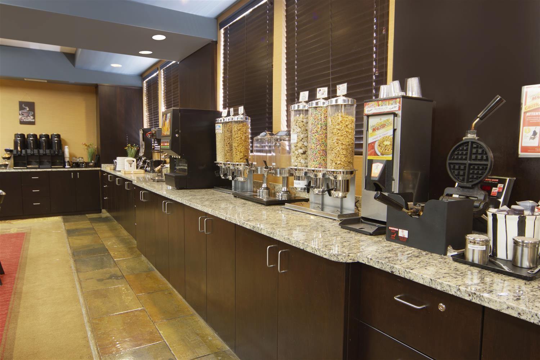 Restaurant - Best Western Bonnyville Inn & Suites