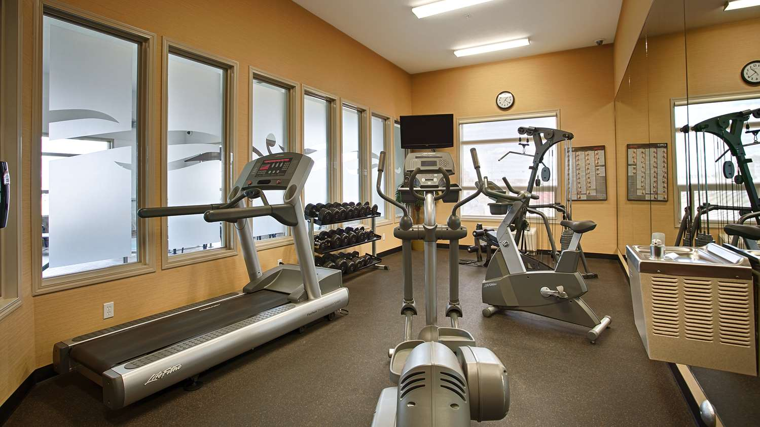 Fitness/ Exercise Room - Best Western Wainwright Inn & Suites