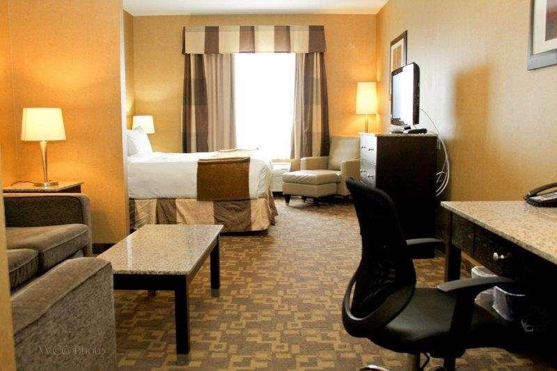 Suite - Best Western Plus South Edmonton Inn & Suites