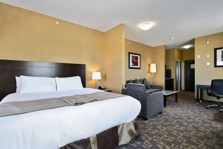 Pool - Best Western Plus South Edmonton Inn & Suites