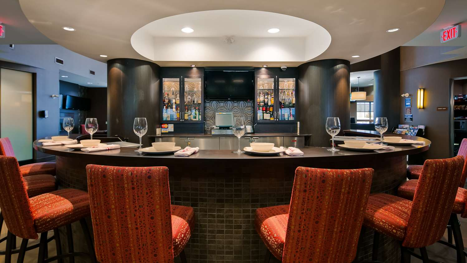 Bar - Best Western Premier Freeport Inn & Suites Calgary
