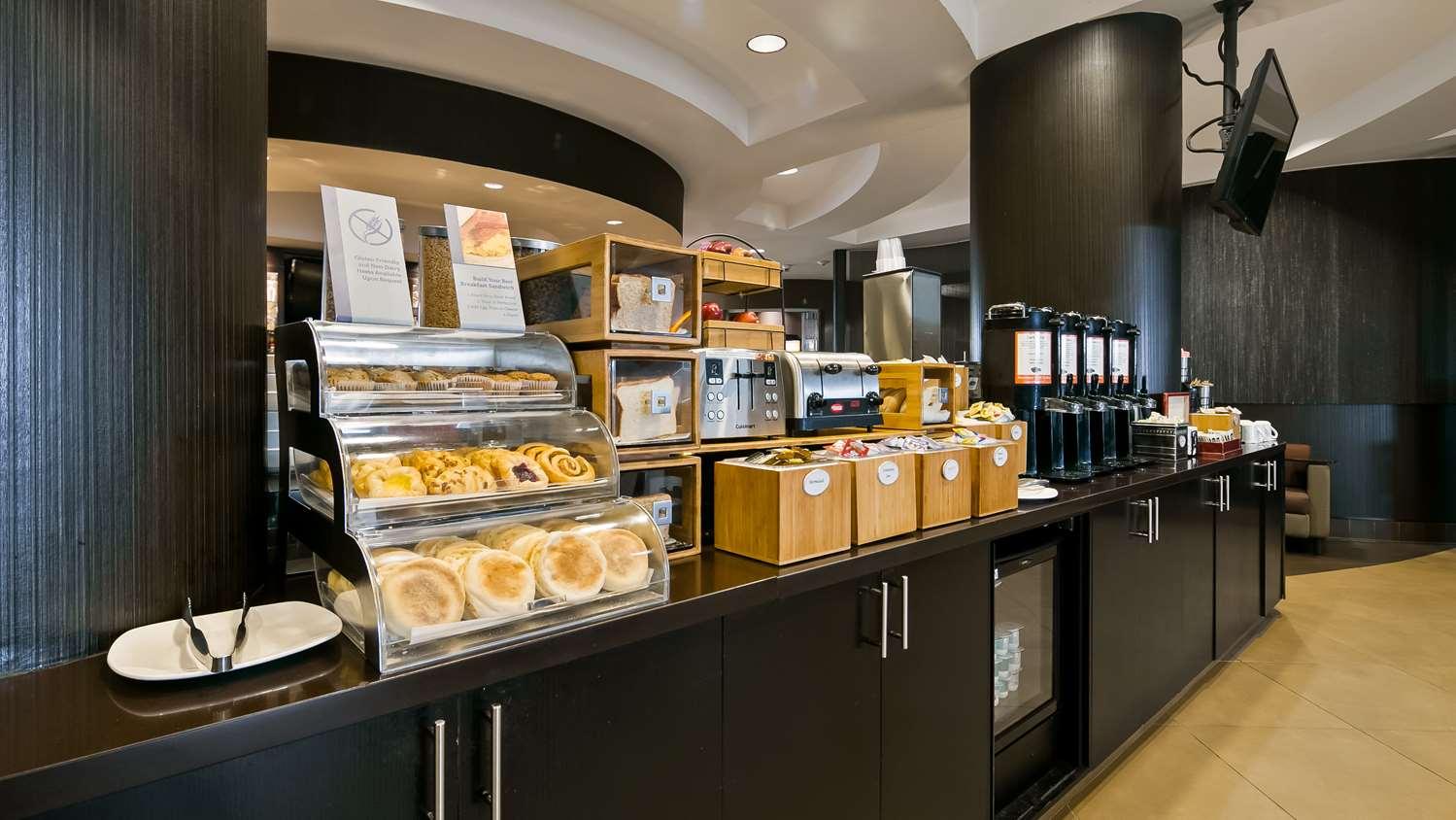 Restaurant - Best Western Premier Freeport Inn & Suites Calgary