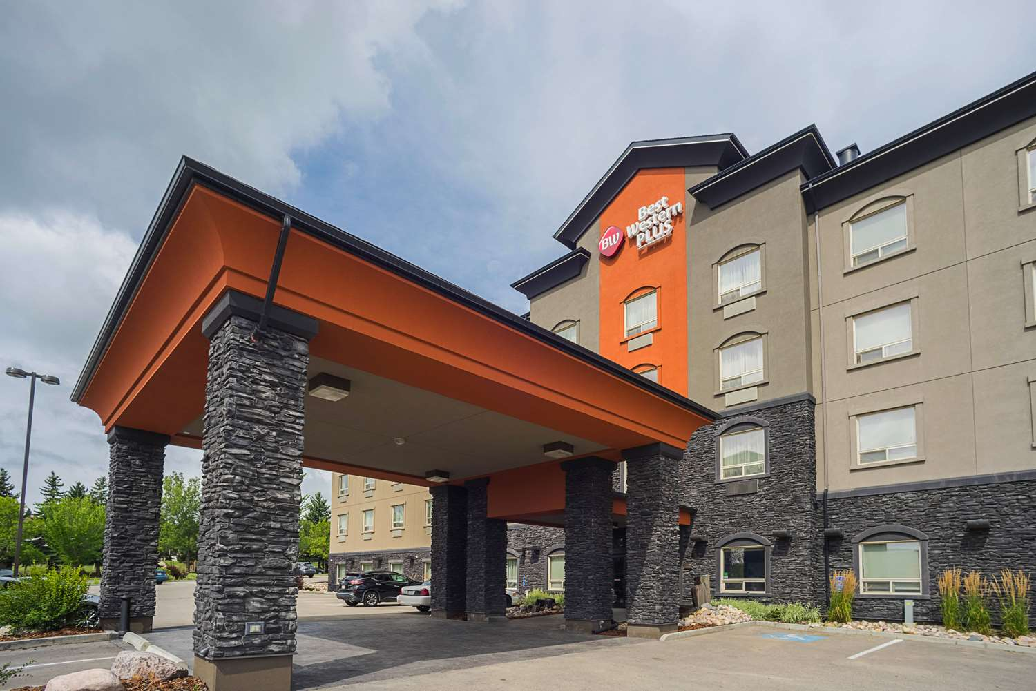 Pet Friendly Hotels In St Albert Alberta