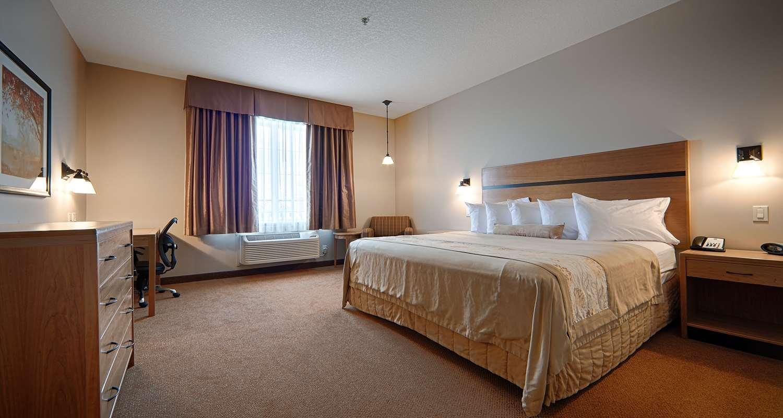 Room - Best Western Plus Chateau Inn Sylvan Lake