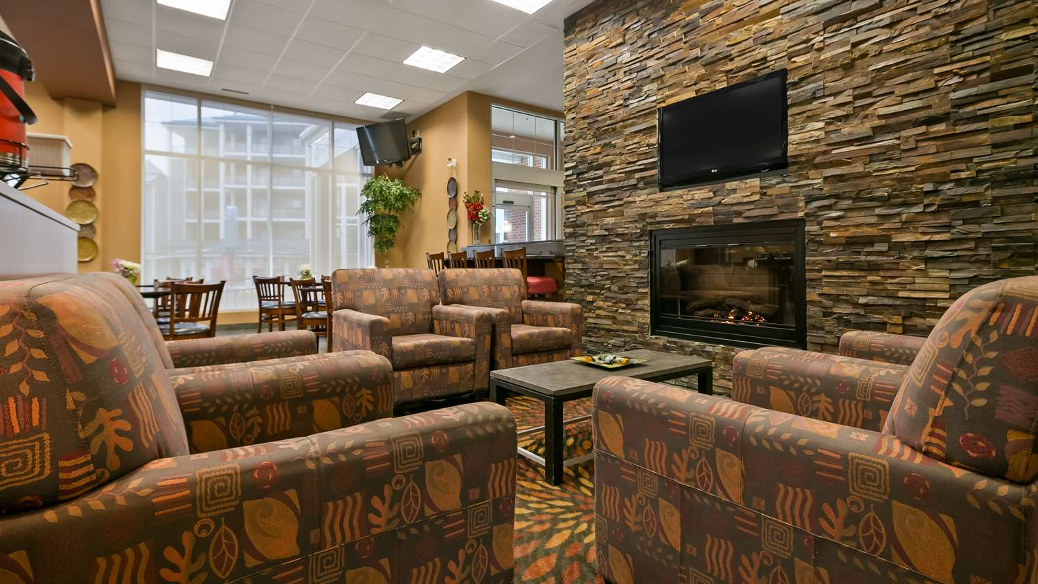 Lobby - Best Western Plus Chateau Inn Sylvan Lake