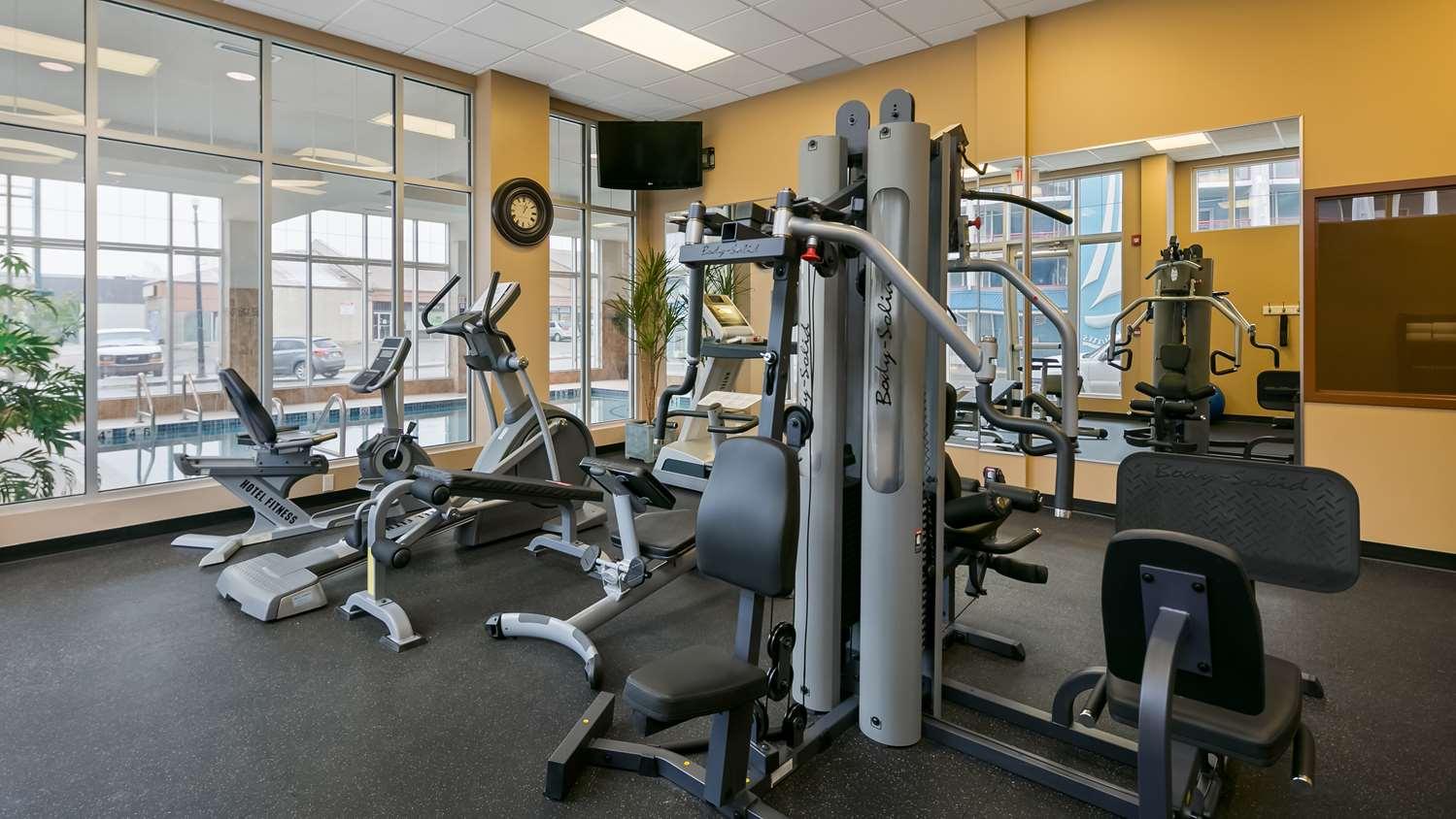 Fitness/ Exercise Room - Best Western Plus Chateau Inn Sylvan Lake