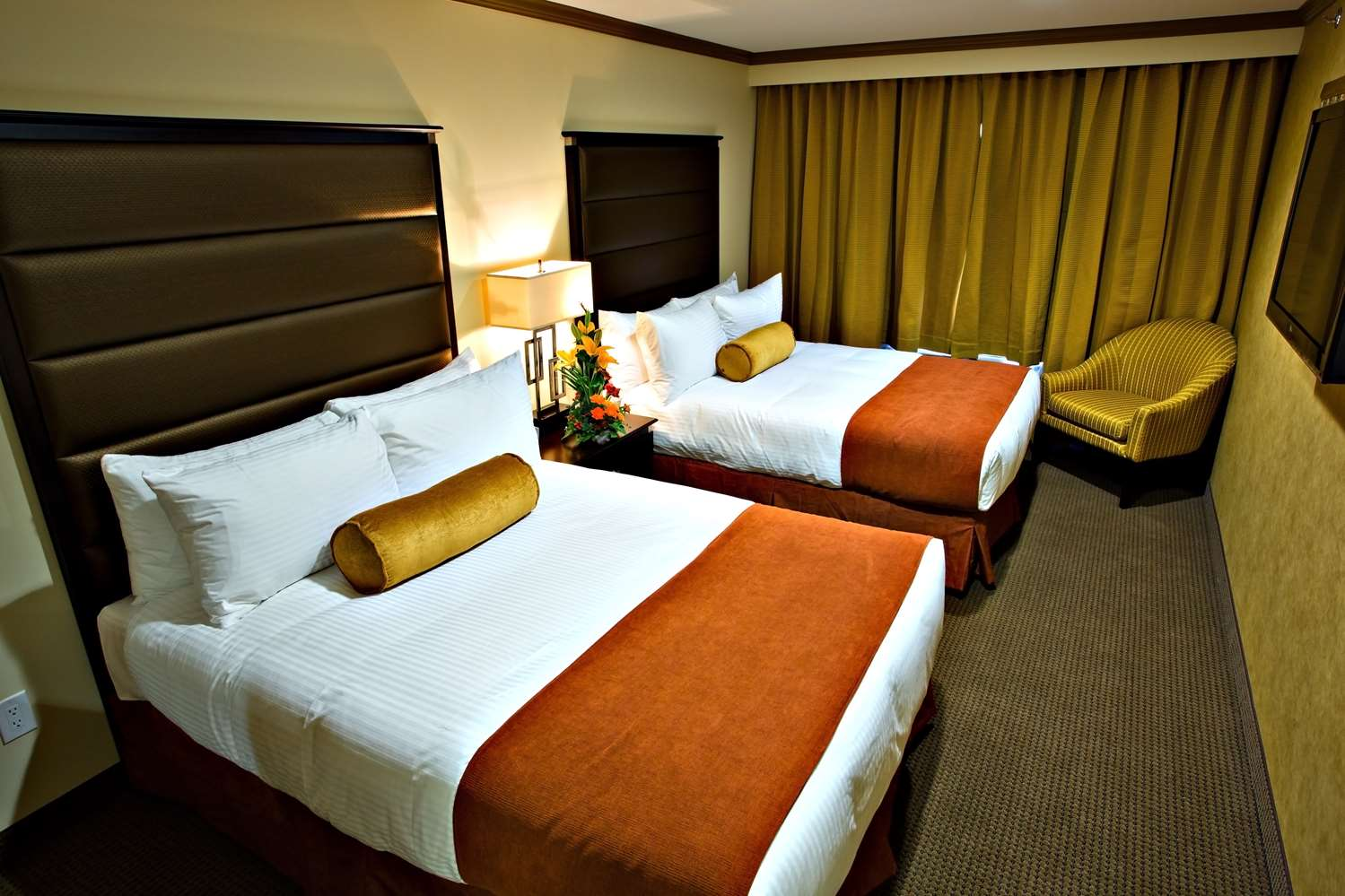 Room - Best Western Plus Camrose Resort & Casino