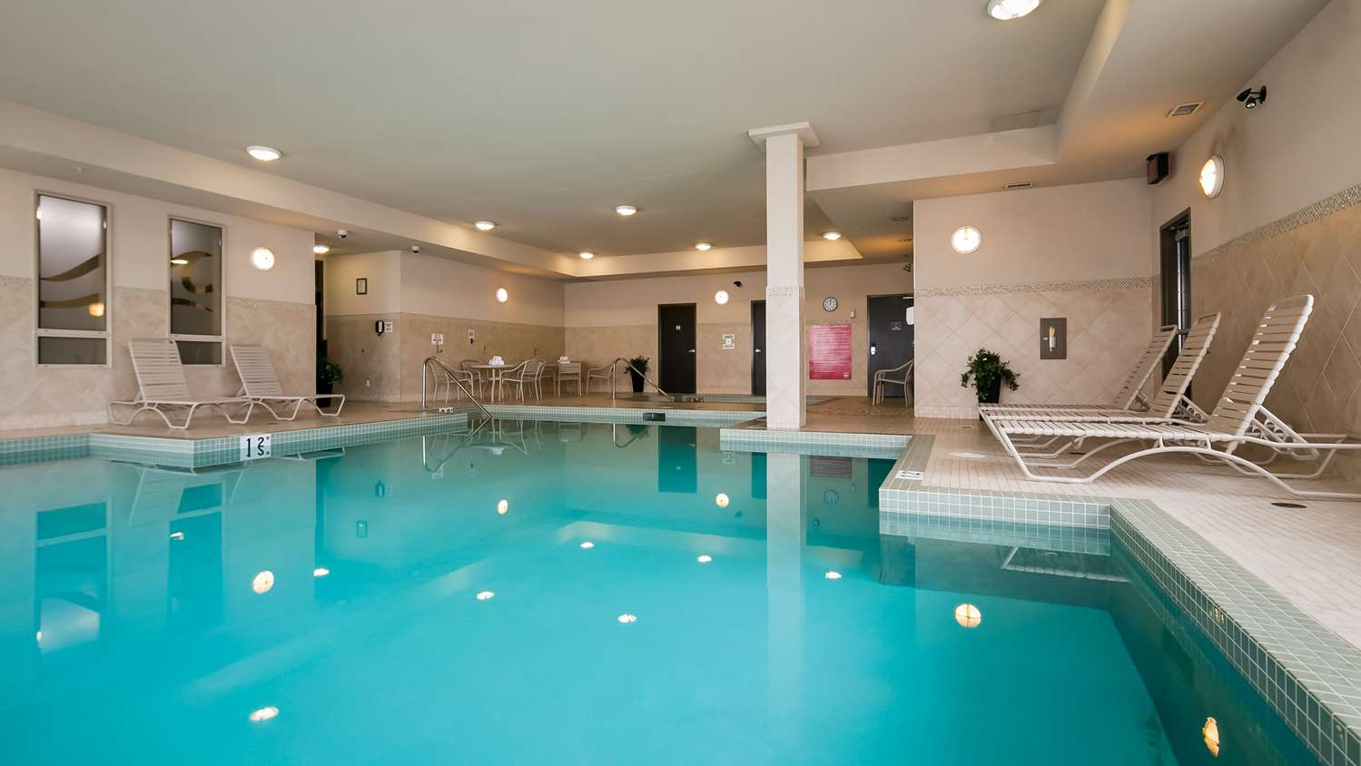 Pool - Best Western Plus Sherwood Park Inn & Suites