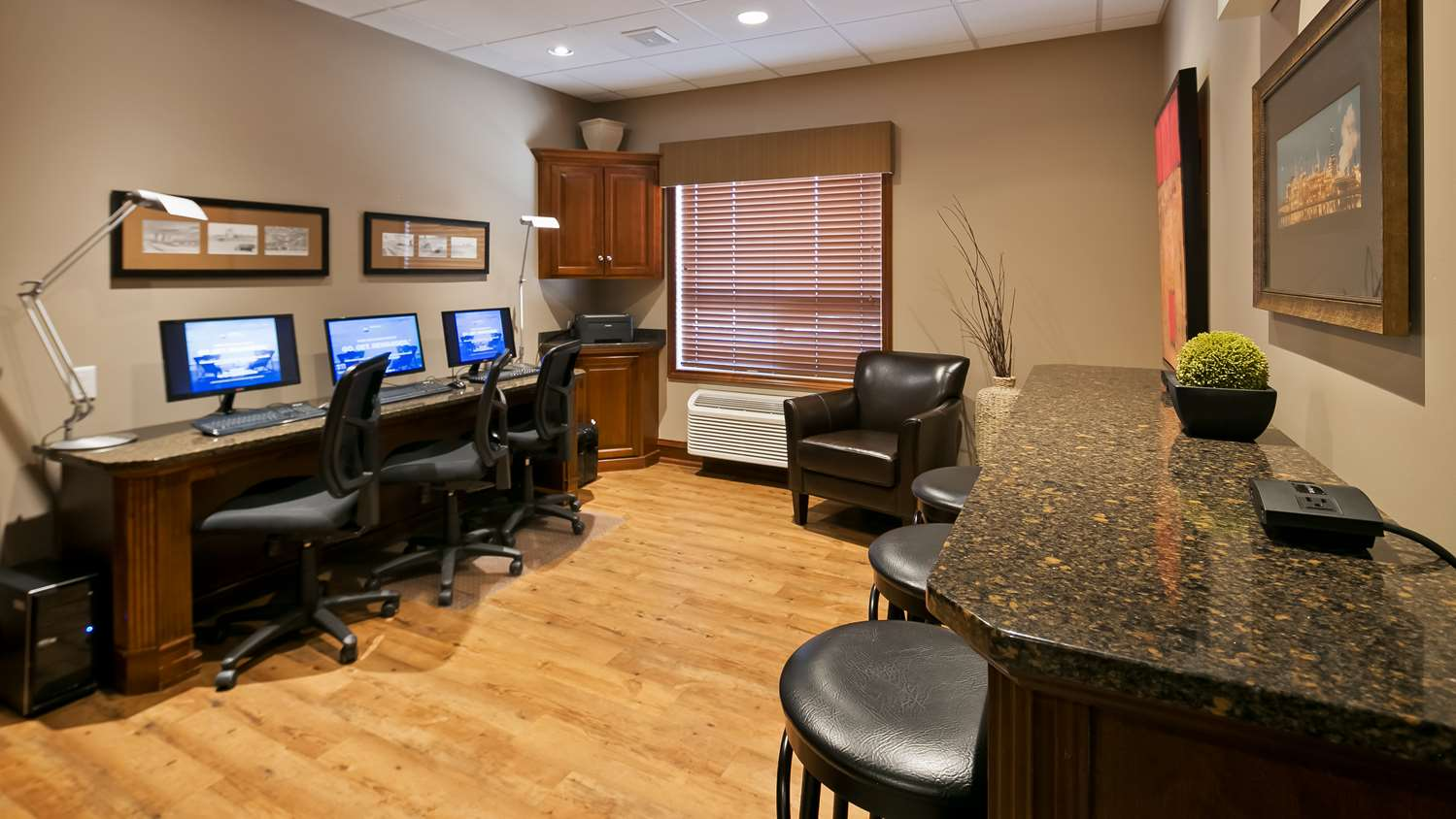 Conference Area - Best Western Plus Meridian Hotel Lloydminster