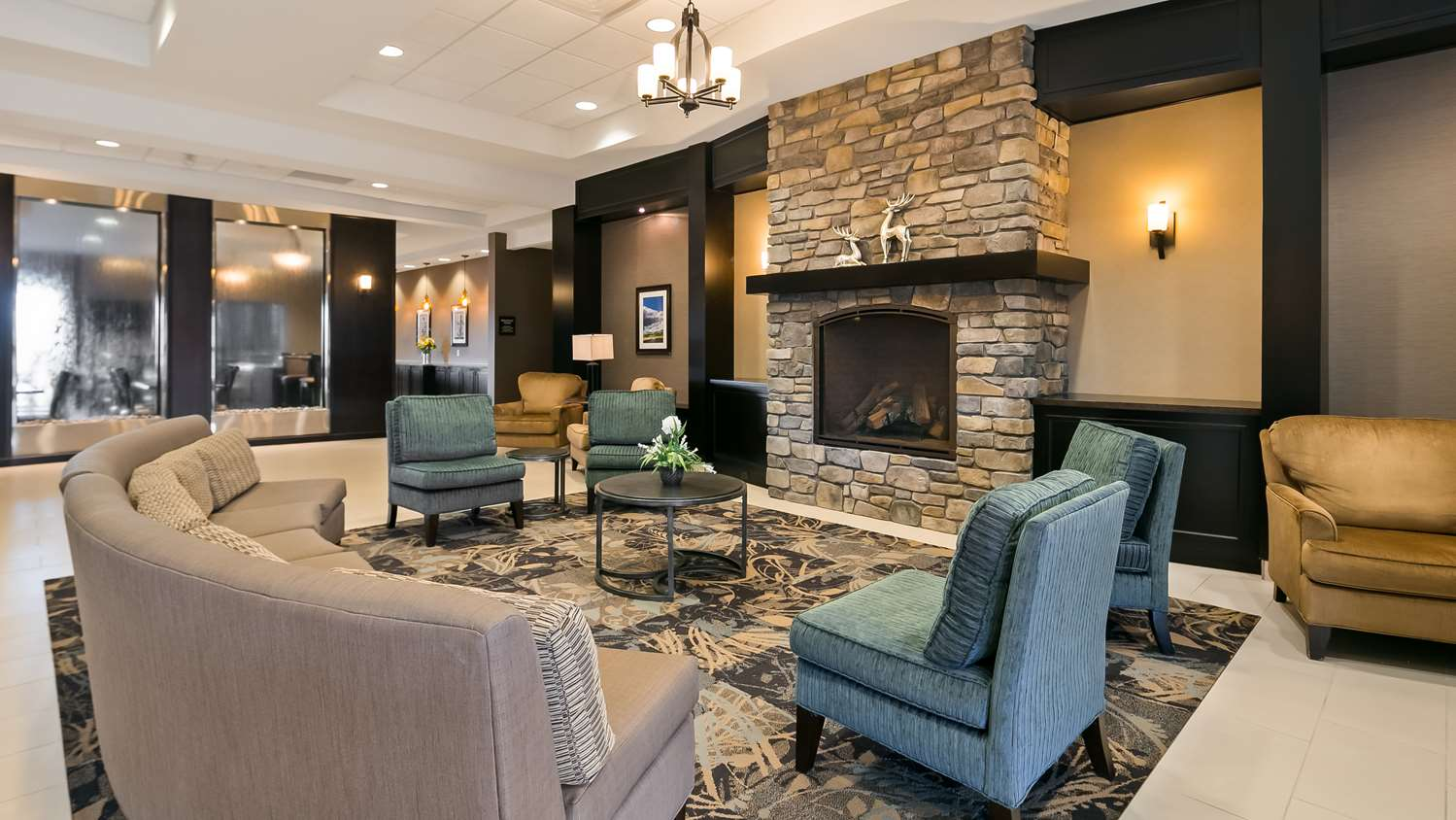 Lobby - Best Western Plus Okotoks Inn