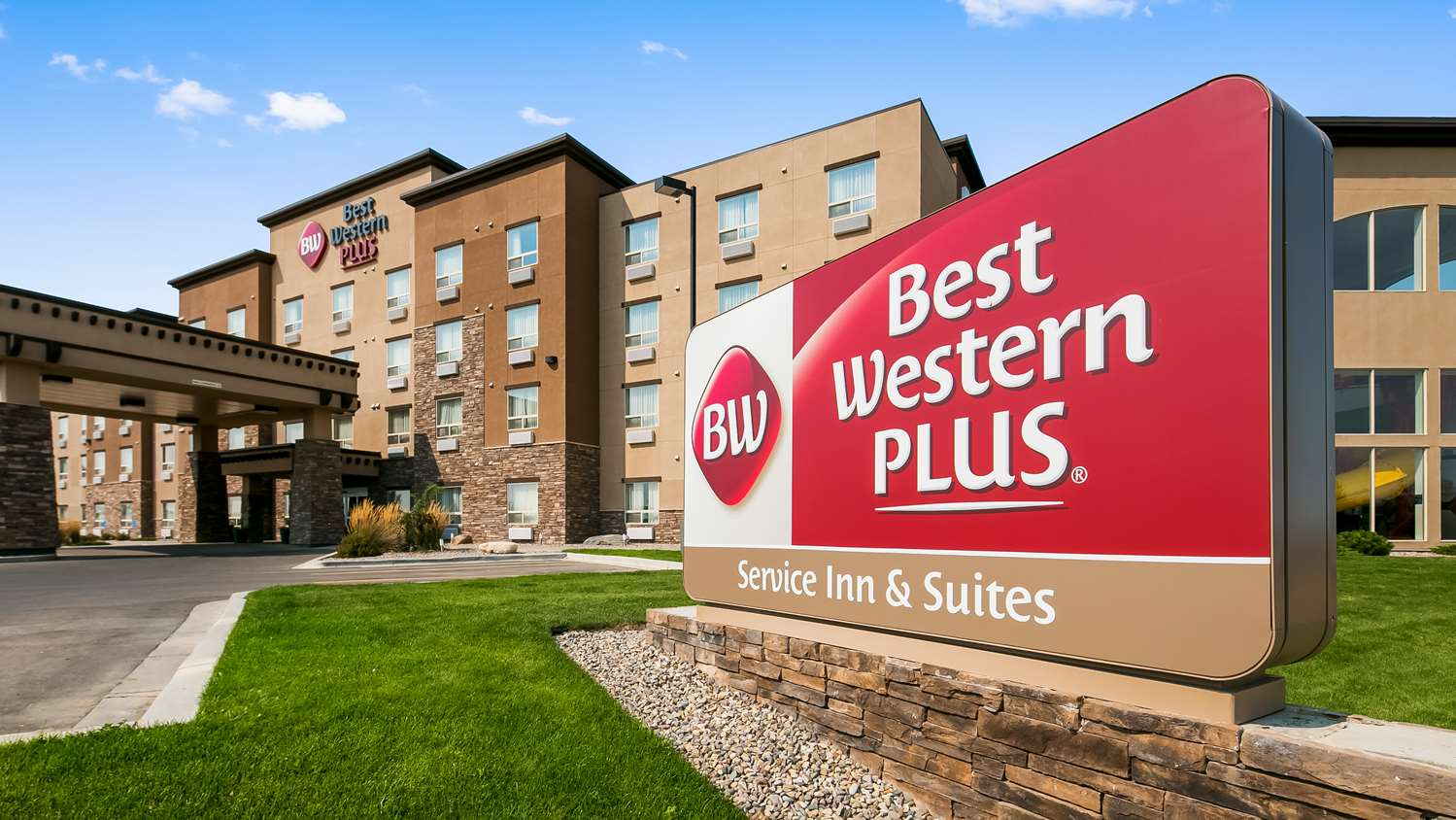Exterior view - Best Western Plus Service Inn Lethbridge