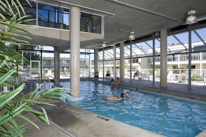 Pool - Best Western Plus Kelowna Hotel & Suites