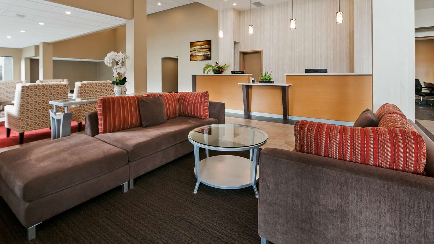 Lobby - Best Western Plus Burnaby Hotel & Conference Centre