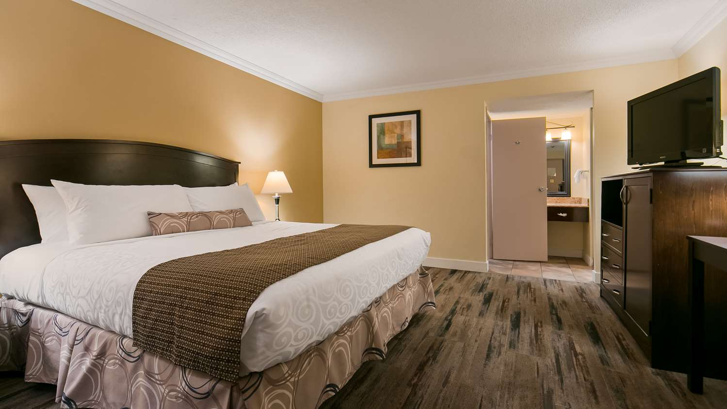 Room - Best Western Plus Burnaby Hotel & Conference Centre