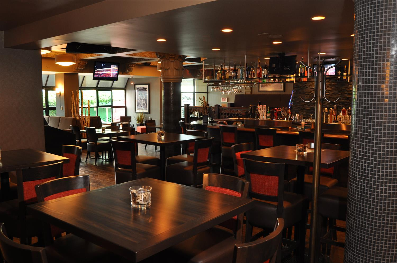 Bar - Best Western Plus Sands Hotel Vancouver