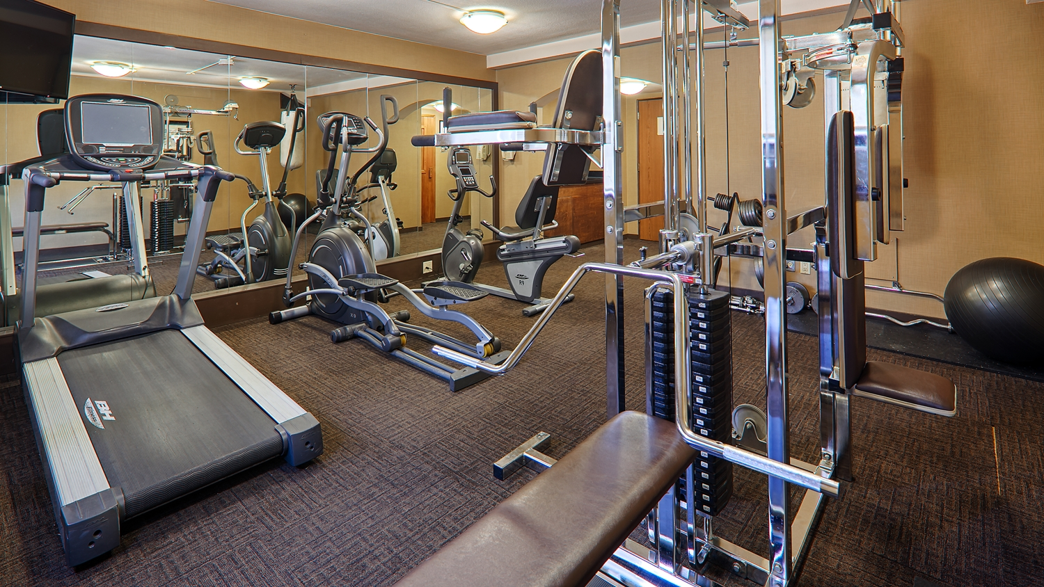 Fitness/ Exercise Room - Best Western Plus Sands Hotel Vancouver