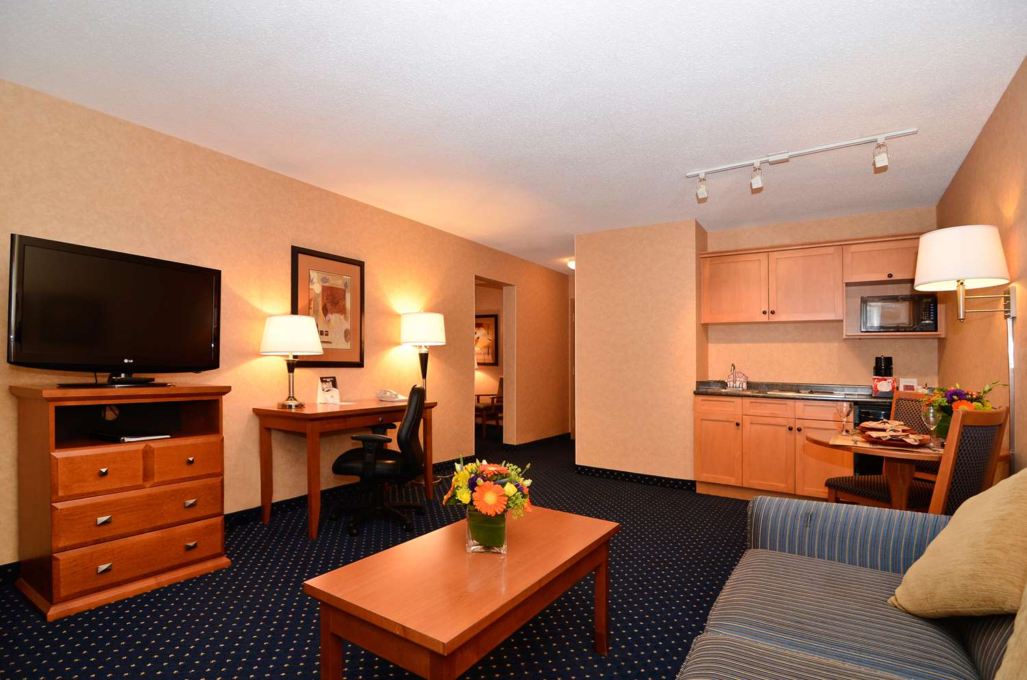 Suite - Best Western Plus Langley Inn