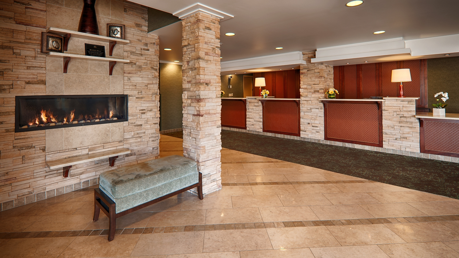 Lobby - Best Western Plus Langley Inn