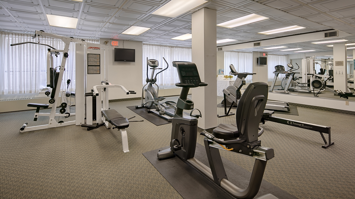 Fitness/ Exercise Room - Best Western Plus Carlton Plaza Hotel Victoria