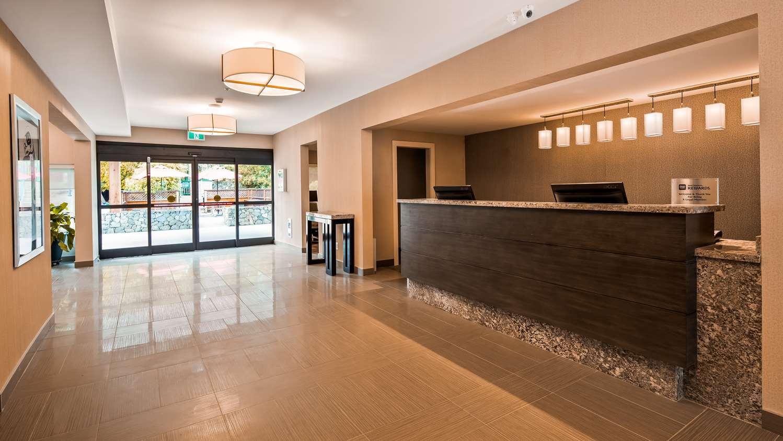 Lobby - Best Western Cowichan Valley Inn Duncan