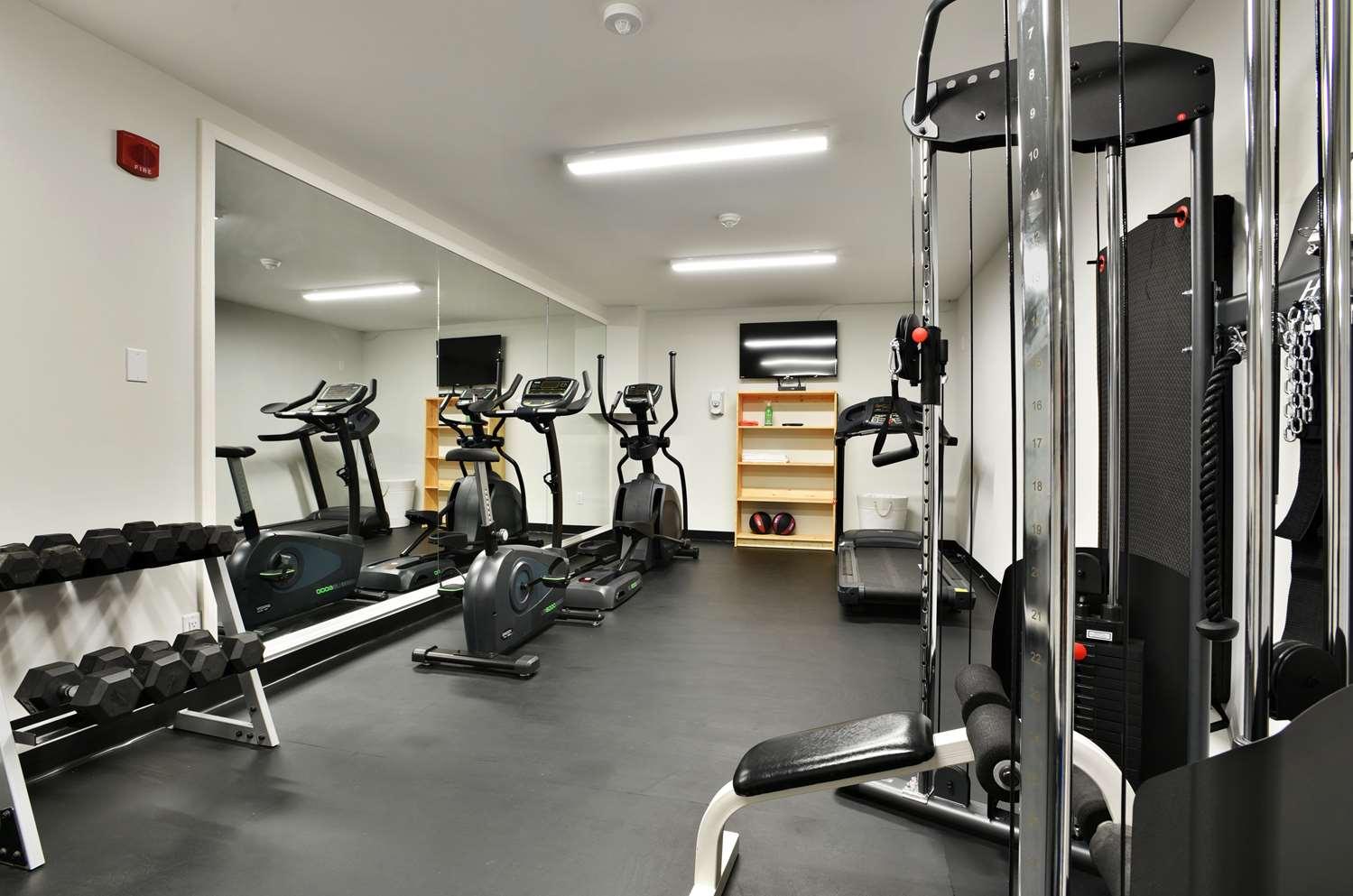 Fitness/ Exercise Room - Best Western Cowichan Valley Inn Duncan