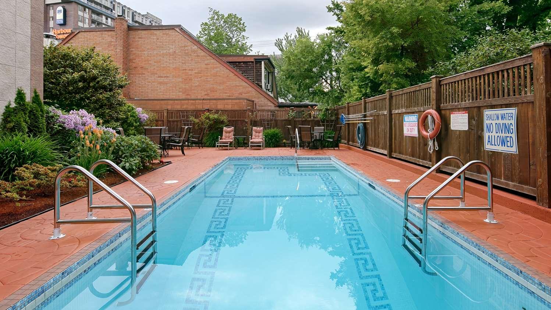 Pool - Best Western Plus Inner Harbour Hotel Victoria