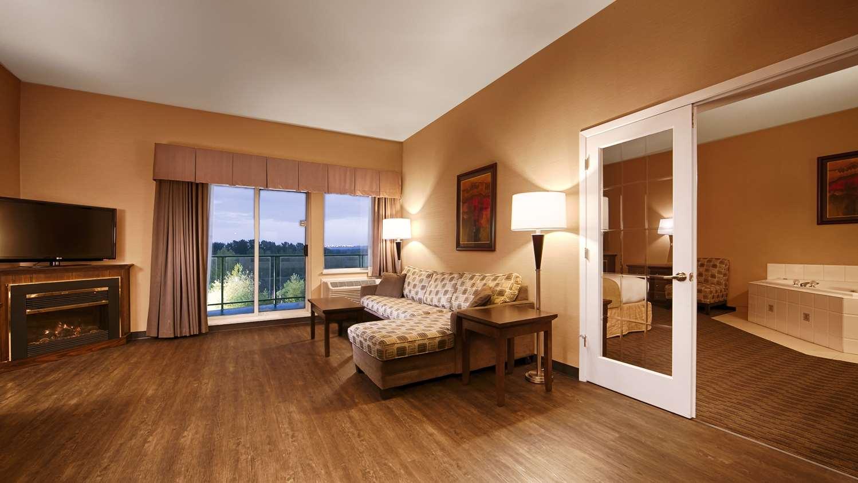 Suite - Best Western Plus Mission City Lodge