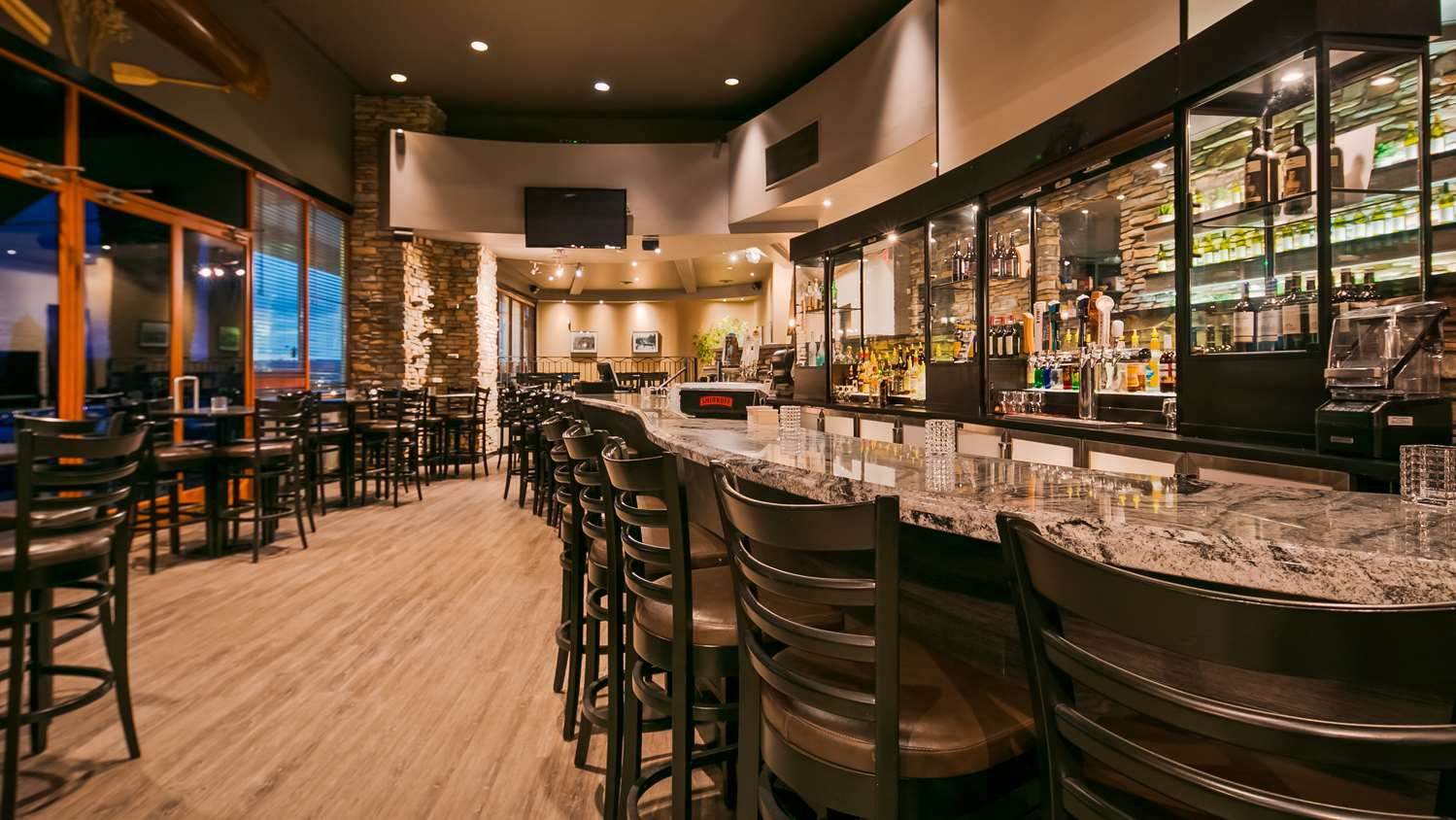 Bar - Best Western Plus Mission City Lodge