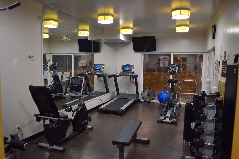 Fitness/ Exercise Room - Best Western King George Inn & Suites Surrey