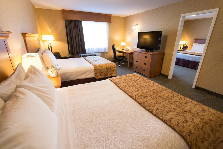 Sicamous Hotels Pet Friendly