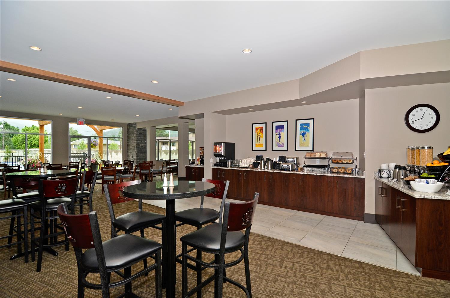 Restaurant - Best Western Plus Revelstoke Inn