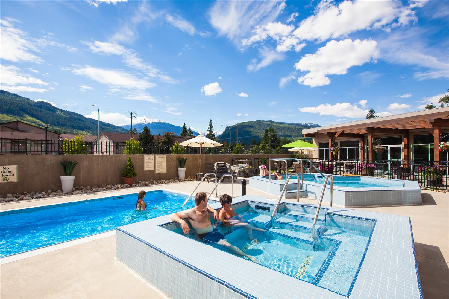 Pool - Best Western Plus Revelstoke Inn
