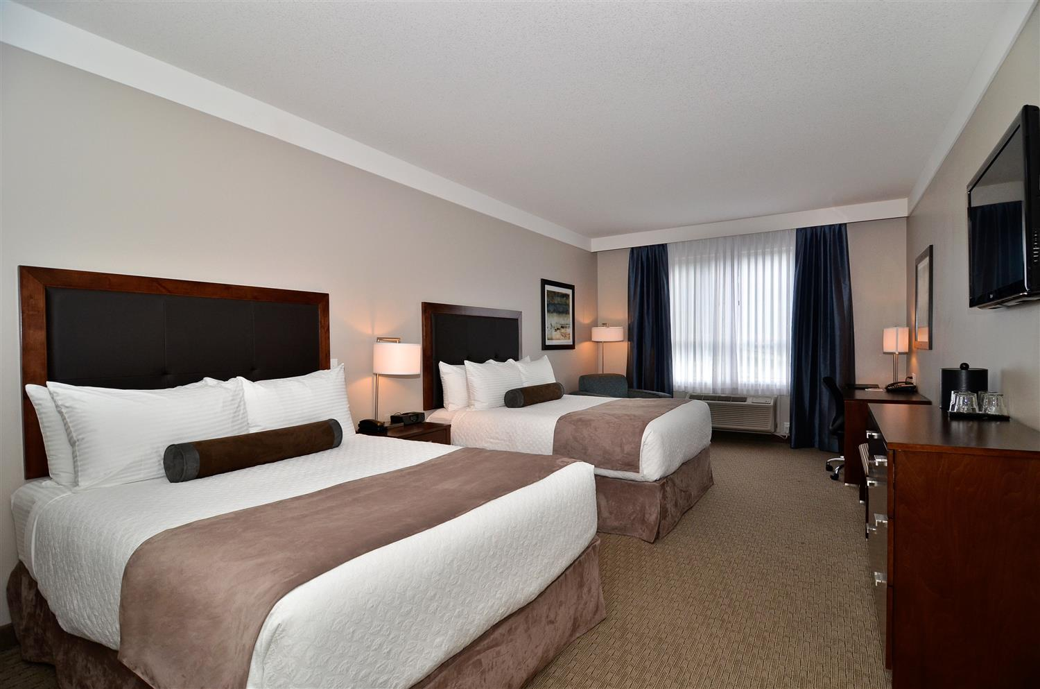 Room - Best Western Plus Revelstoke Inn