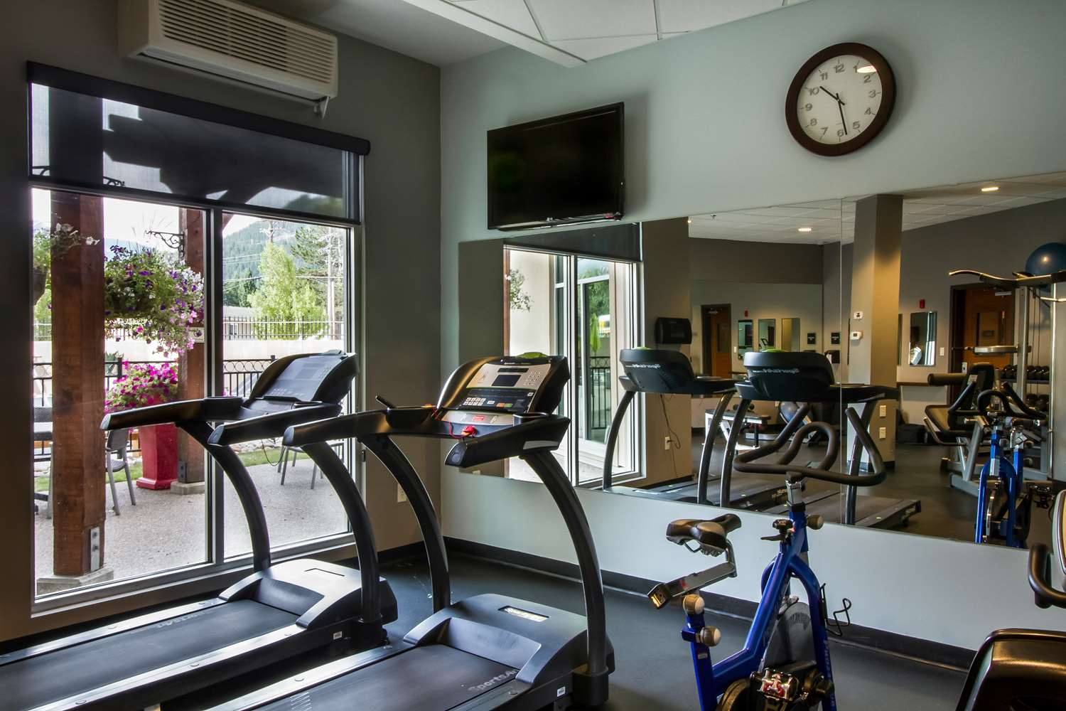 Fitness/ Exercise Room - Best Western Plus Revelstoke Inn