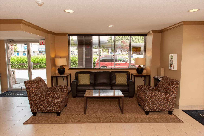 Lobby - Best Western Maple Ridge Hotel