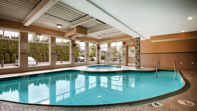 Pool - Best Western Maple Ridge Hotel