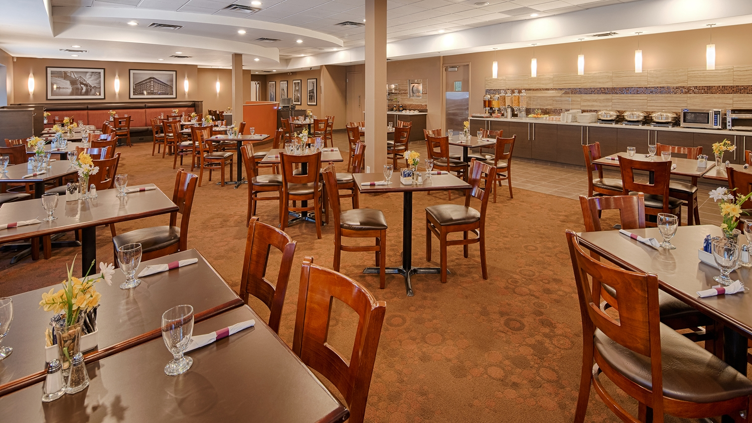 Restaurant - Best Western Plus Hotel Downtown Winnipeg