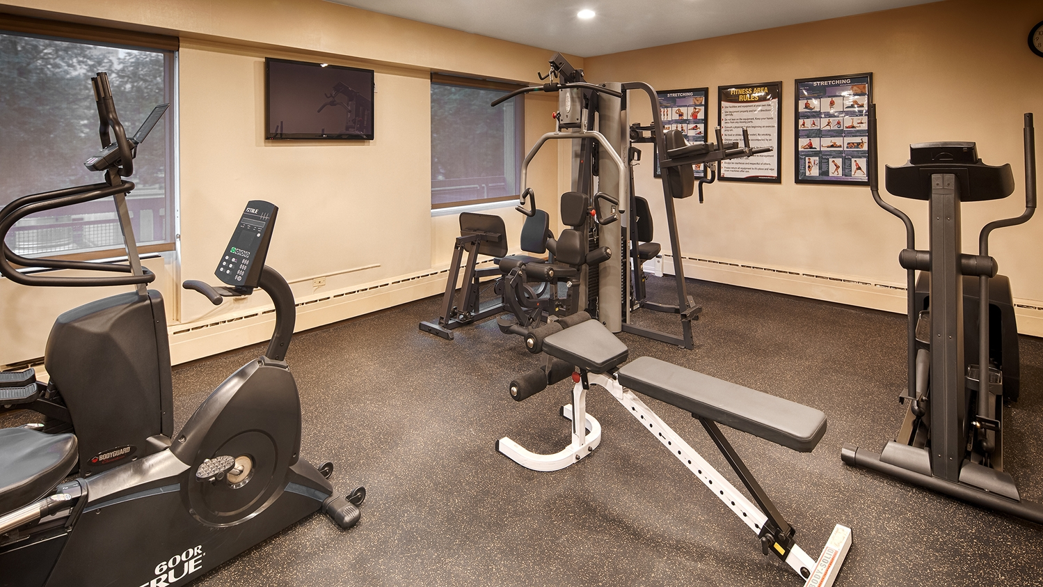 Fitness/ Exercise Room - Best Western Plus Hotel Downtown Winnipeg