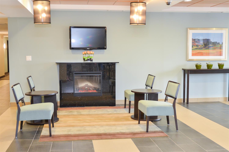 Lobby - Best Western Thompson Hotel & Suites