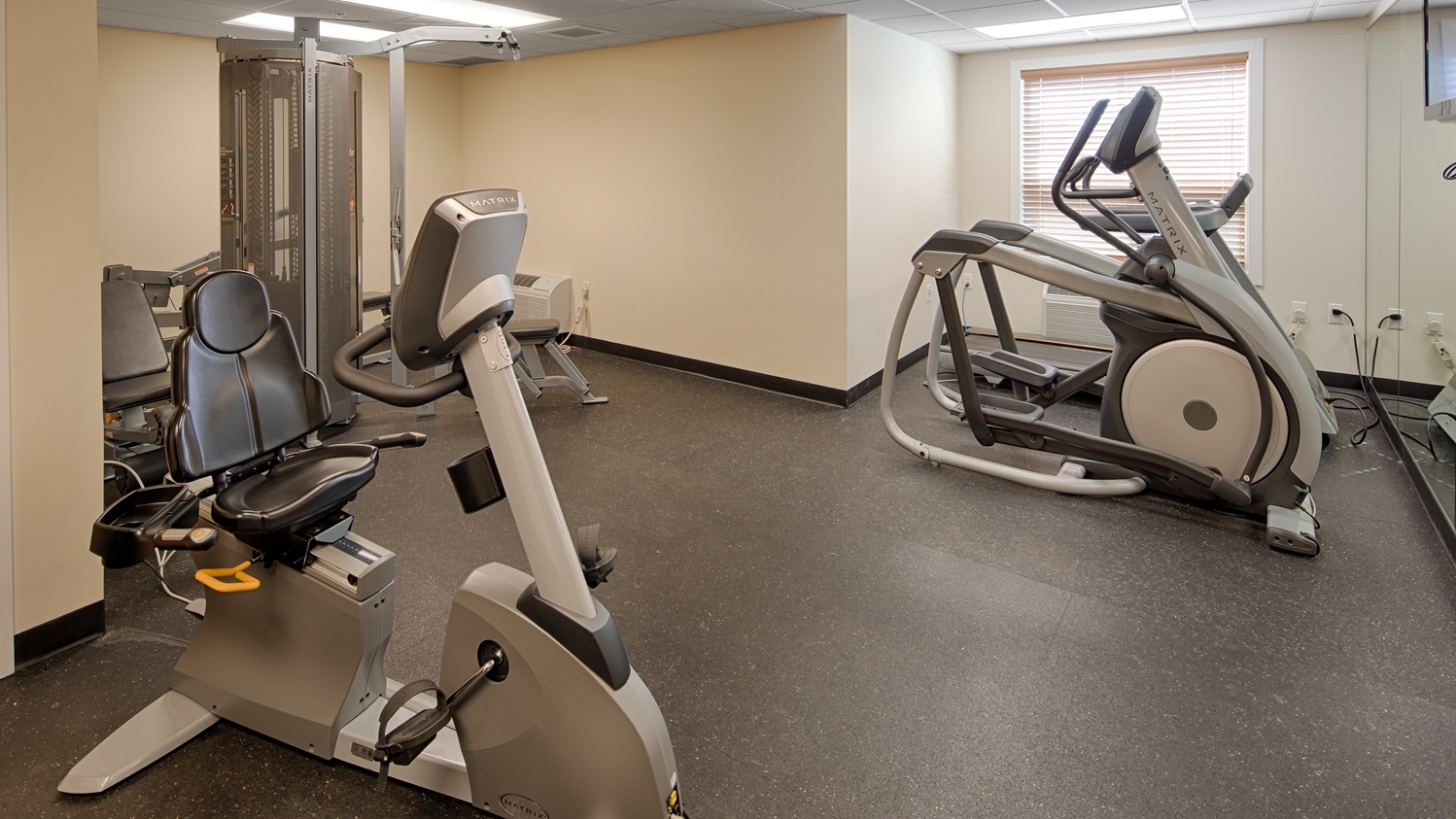 Fitness/ Exercise Room - Best Western Thompson Hotel & Suites
