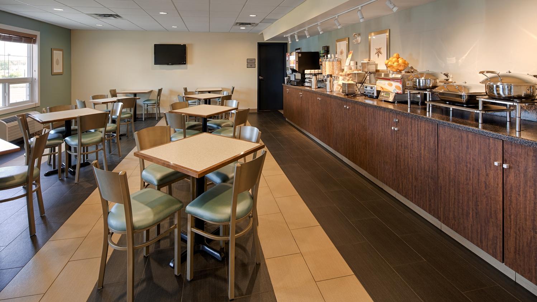 Restaurant - Best Western Thompson Hotel & Suites