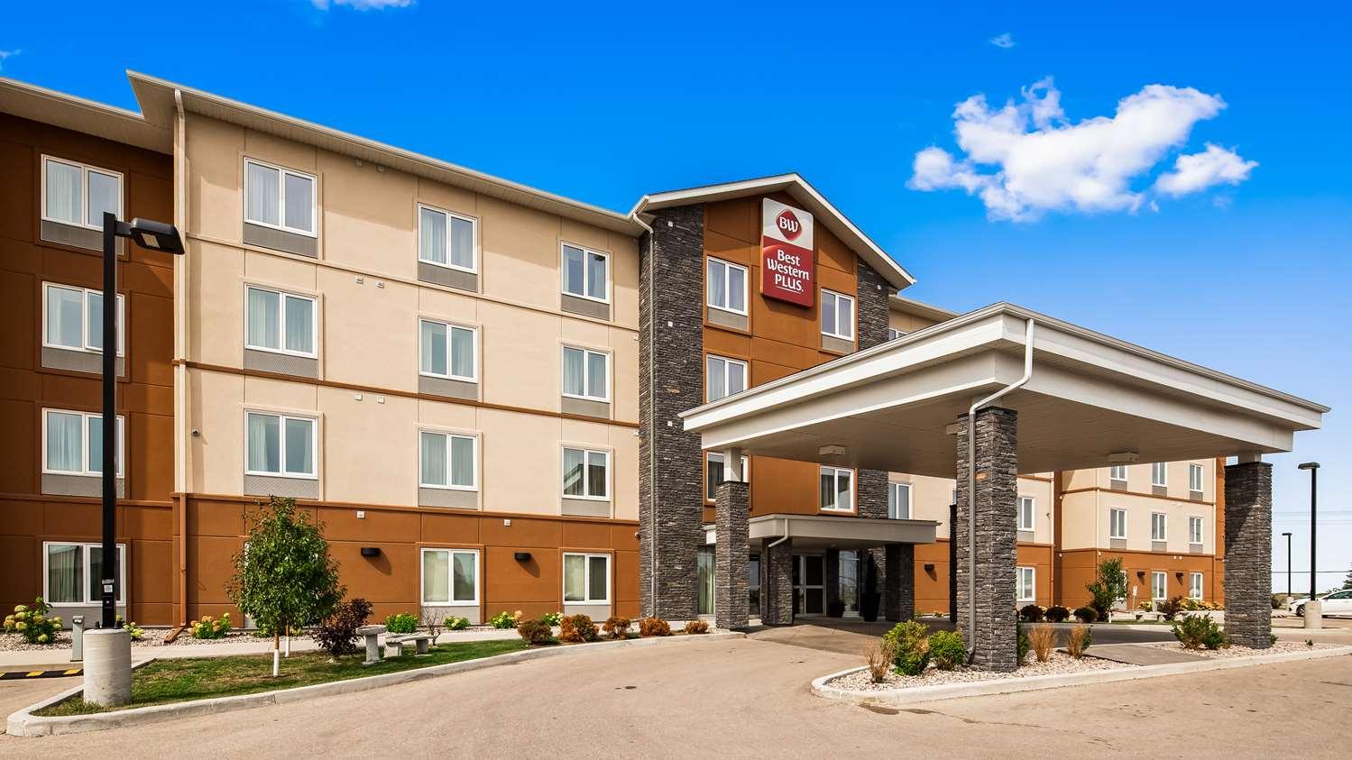 Exterior view - Best Western Plus Winnipeg West Inn Headingley