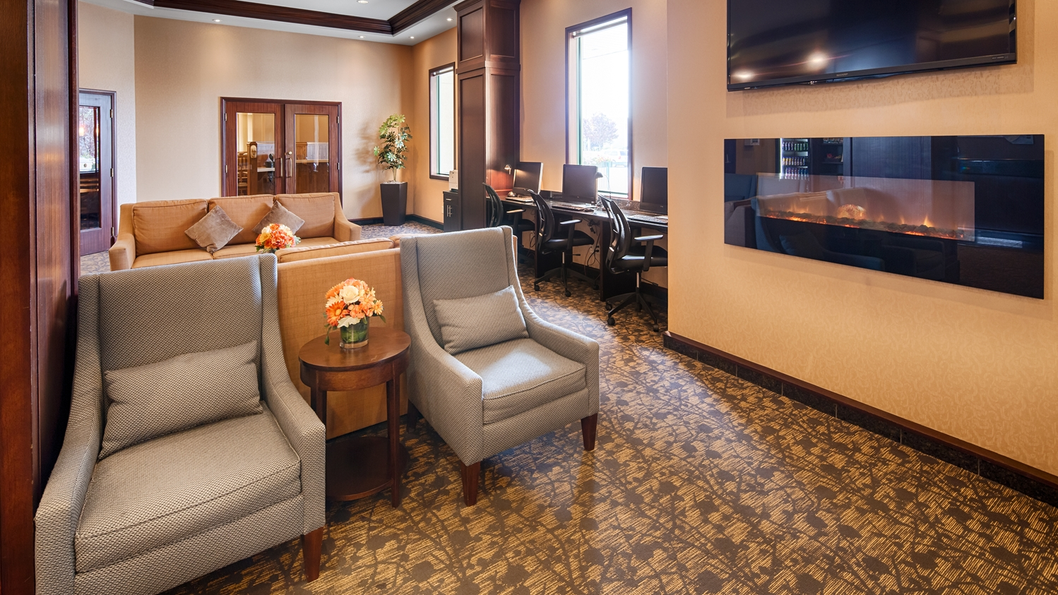 Lobby - Best Western Plus Airport Hotel Winnipeg