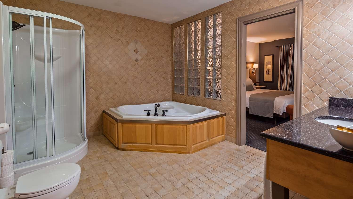 Room - Best Western Plus Woodstock Hotel