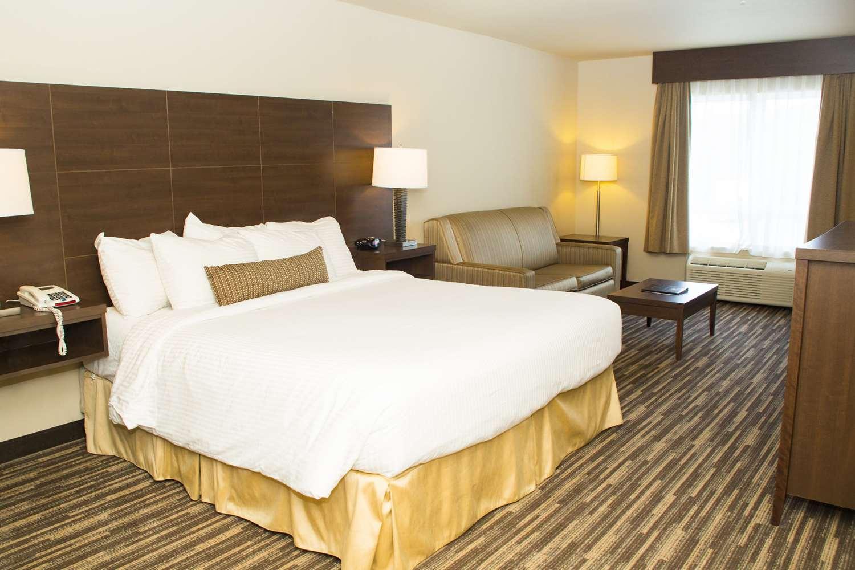 Room - Best Western Plus Dartmouth Hotel & Suites