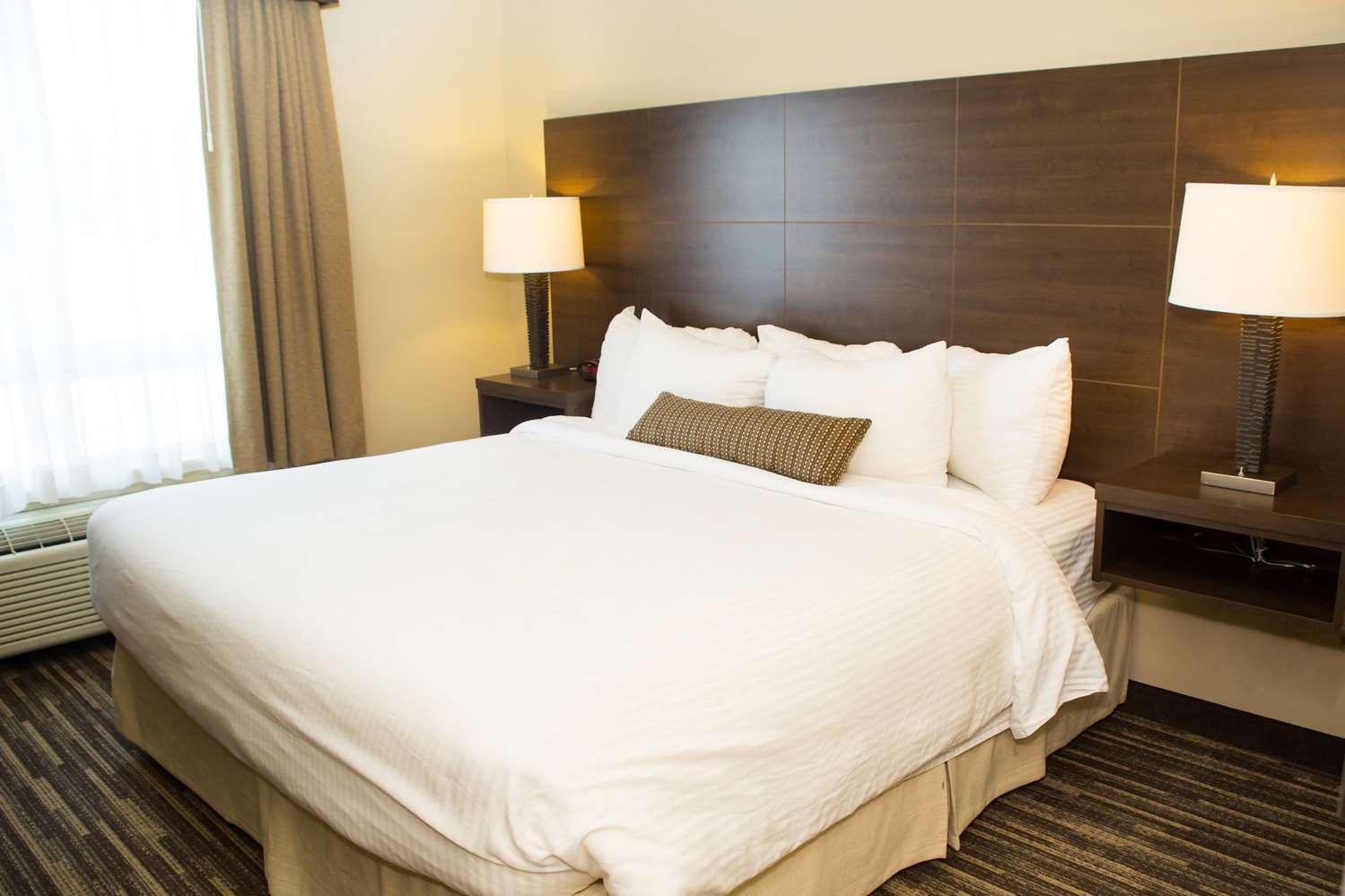 Suite - Best Western Plus Dartmouth Hotel & Suites